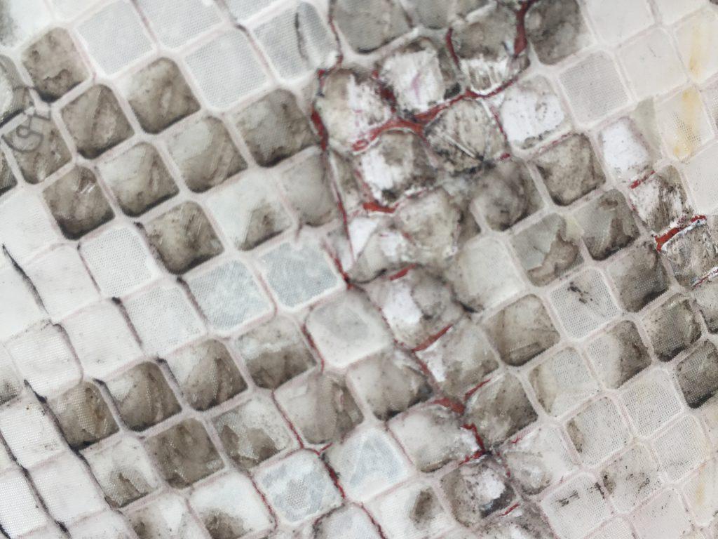 Checkered white grungy reflective texture