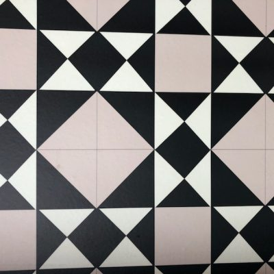 Geometric patterns on tiles